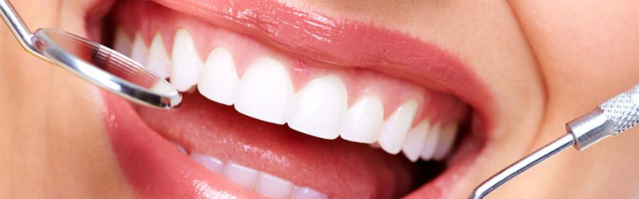 H εξαγωγή είναι η αφαίρεση ενός δοντιού ή ρίζας από το οστό των γνάθων κάτω από συνθήκες αποστειρωμένου περιβάλλοντος
